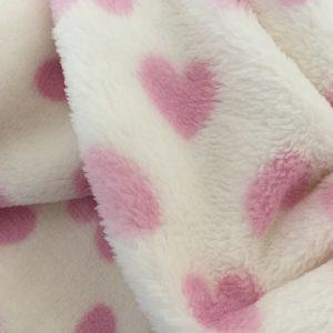 LOVELY HEARTS PINK-coperta pile con cuori